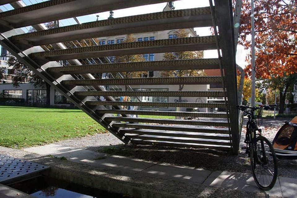 Treppe Schule Dreirosen Basel